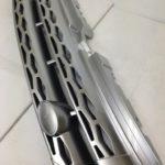 ランドローバー イボーク ラジエターグリル LR076023
