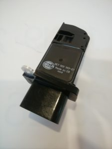 VW AUDI ワーゲンパーツ エアマスセンサー 06F906461A(8ET009149611)