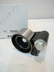 クライスラー300C(LX35)パーツ タイミングベルトアイドルプーリー  04777394(T43197)商品画像