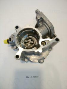 VW AUDI パーツ バキュームポンプ 06J145100AB 商品画像