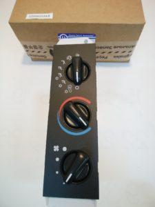 クライスラー ダッジ パーツ エアコン & ヒーターコントロール 55056559AB