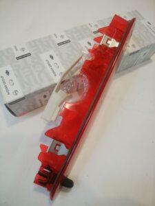 ルノー カングーⅡパーツ 通販 ハイマウントストップランプ  82004-39498 お取り寄せ商品画像