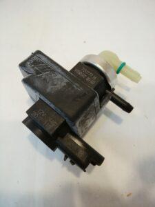 プジョー308 パーツ 通販 ターボコントロール ソレノイドバルブ 1922V6 お取り寄せ商品画像